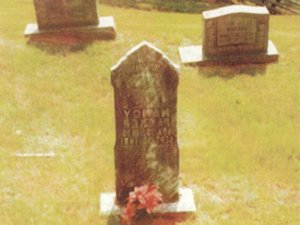 grave-site-of-daughter-nancy